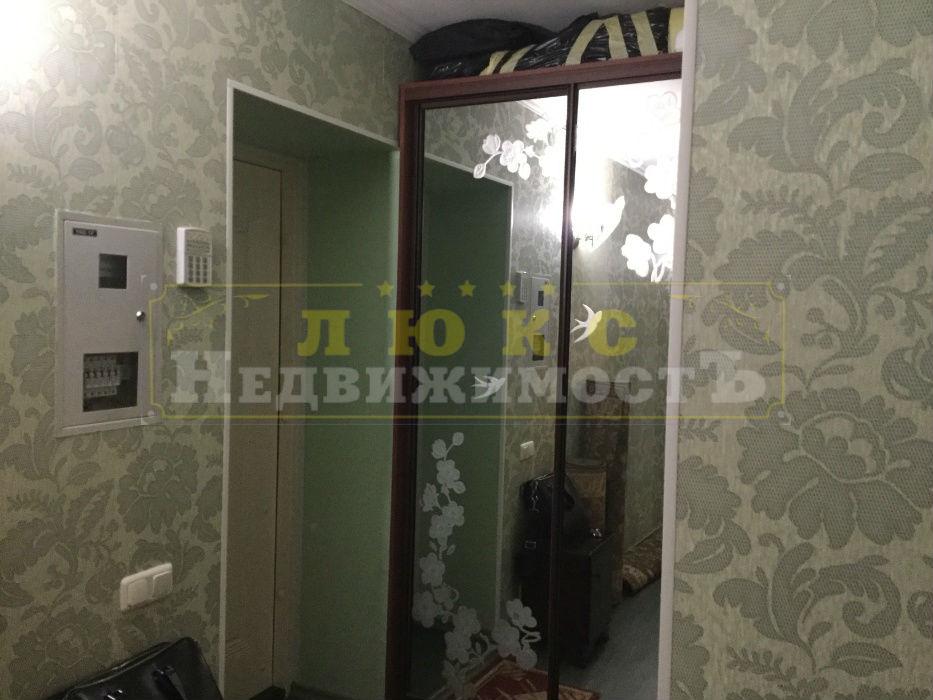 продажа двухкомнатной квартиры номер A-129010 в Приморском районе, фото номер 9